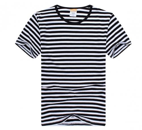 条纹T恤衫
